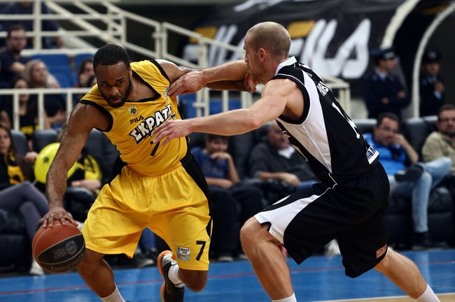 Hairston-AEK-Apollon-Patras.jpg